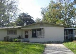 Foreclosed Home en GREENMORE DR, Jacksonville, FL - 32246