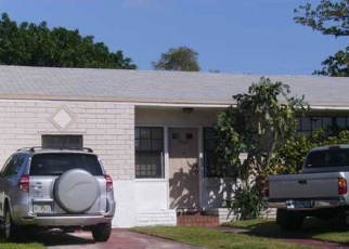 Foreclosed Home en W TREASURE DR, Miami Beach, FL - 33141