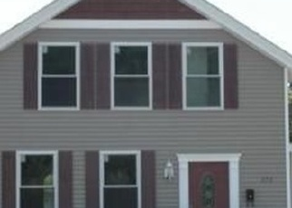 Foreclosed Home en BAYONET ST, New London, CT - 06320