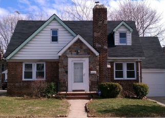 Foreclosed Home en 233RD ST, Cambria Heights, NY - 11411