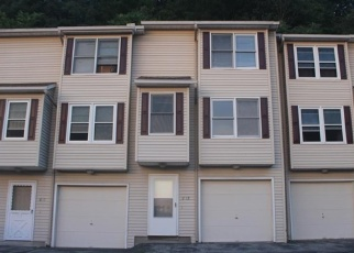 Foreclosed Home en DERBY AVE, Derby, CT - 06418