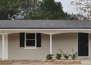 Casa en ejecución hipotecaria in Jacksonville, FL, 32244,  RENAULT DR ID: P1063606