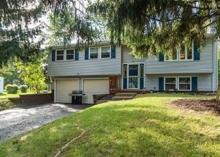 Casa en ejecución hipotecaria in Henrietta, NY, 14467,  MARBERTH DR ID: P1063761