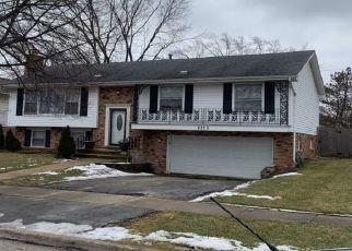 Foreclosed Home en CAROLINE DR, Homewood, IL - 60430