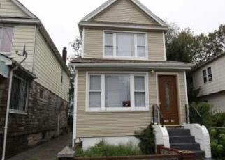 Casa en ejecución hipotecaria in Saint Albans, NY, 11412,  118TH RD ID: P1063910