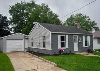 Foreclosed Home en W LOOS ST, Hartford, WI - 53027