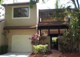 Foreclosed Home en ALCANTARA AVE, Miami, FL - 33178