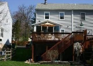 Casa en ejecución hipotecaria in Schwenksville, PA, 19473,  CLEARFIELD AVE ID: P1065060