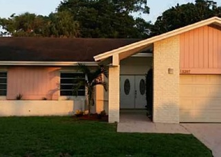 Foreclosed Home en BAYBERRY LN, Fort Lauderdale, FL - 33319