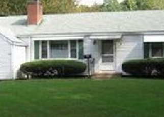 Foreclosed Home en WOODLAND ST, South Glastonbury, CT - 06073