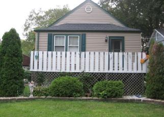 Foreclosed Home en KENTON AVE, Oak Forest, IL - 60452