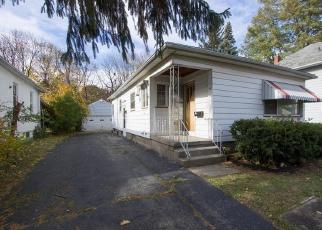 Casa en ejecución hipotecaria in Rochester, NY, 14613,  ROBIN ST ID: P1065748