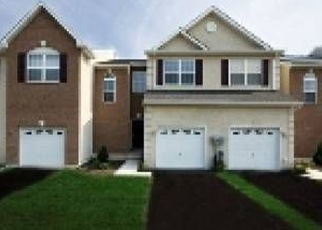 Foreclosed Home en GREEN VIEW DR, Pottstown, PA - 19464