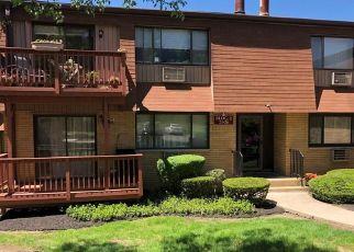 Foreclosed Home en RICHARD CT, Pomona, NY - 10970