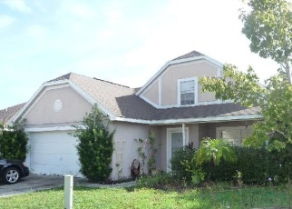 Foreclosed Home en ROLLINS DR, Davenport, FL - 33837