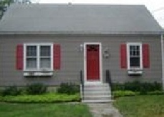 Foreclosed Home en EATON ST, Stratford, CT - 06614