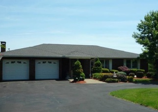 Foreclosed Home en MURRAY DR, Chester, NY - 10918