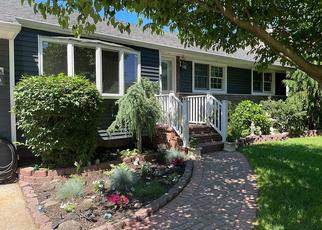 Foreclosed Home en N IDAHO AVE, Massapequa, NY - 11758