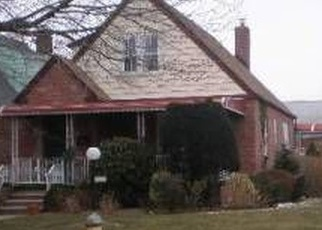 Foreclosed Home en 232ND ST, Cambria Heights, NY - 11411