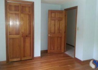 Casa en ejecución hipotecaria in Hampton, CT, 06247,  KEMP RD ID: P1067446