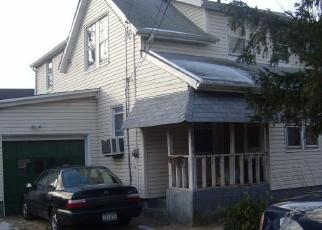 Foreclosed Home in HENDRICKSON AVE, Lynbrook, NY - 11563