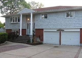 Foreclosed Home in HEDGEWAY CT, Hempstead, NY - 11550