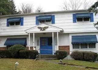 Foreclosed Home en SVAHN DR, Valley Cottage, NY - 10989
