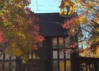 Foreclosed Home en CROWN ST, Bridgeport, CT - 06610