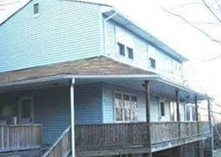Foreclosed Home en WOOD AVE, Stony Point, NY - 10980