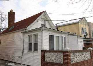 Foreclosed Home en 161ST ST, Flushing, NY - 11358
