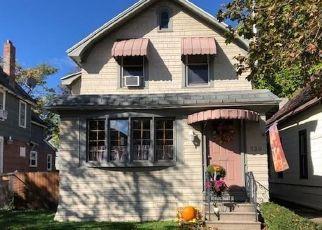 Foreclosed Home en PLYMOUTH AVE, Buffalo, NY - 14213