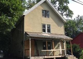 Casa en ejecución hipotecaria in Hartford, CT, 06120,  LOOMIS ST ID: P1068422