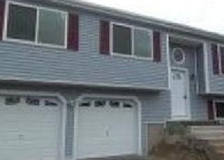 Foreclosed Home en CATHY LN, Waterbury, CT - 06704