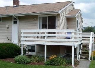Foreclosed Home en DANBURY RD, New Milford, CT - 06776