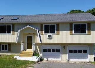 Casa en ejecución hipotecaria in Waterbury, CT, 06704,  FIELDWOOD RD ID: P1068566