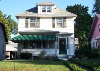 Foreclosed Home en VERSAILLES RD, Rochester, NY - 14621