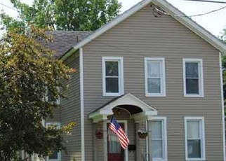 Foreclosed Home en FLOWER AVE E, Watertown, NY - 13601