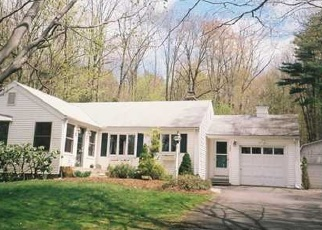 Foreclosed Home en CIDER BROOK RD, Avon, CT - 06001