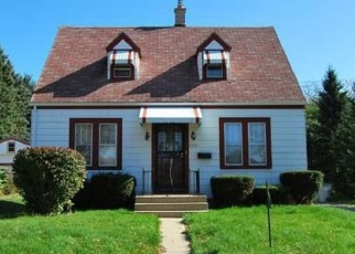 Foreclosed Home en N 58TH ST, Milwaukee, WI - 53223