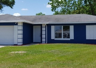 Foreclosed Home en CHAUCER CT, Jacksonville, FL - 32244