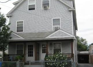 Foreclosed Home en OGDEN ST, Bridgeport, CT - 06608