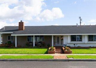 Foreclosed Home en S WHEELER PL, Orange, CA - 92869