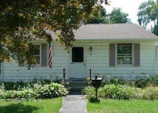 Foreclosed Home en RUSSELL ST, Cornwall, NY - 12518