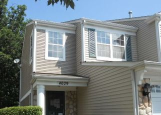 Foreclosed Home in OAK TREE LN, Plainfield, IL - 60586
