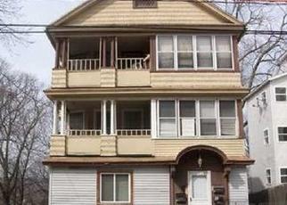 Casa en ejecución hipotecaria in Waterbury, CT, 06710,  LINCOLN ST ID: P1070376