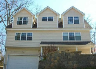 Foreclosed Home en BRICKYARD RD, Clinton, CT - 06413