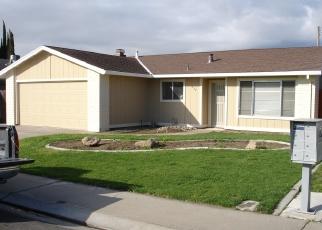 Foreclosed Home en EBBETTS AVE, Manteca, CA - 95337