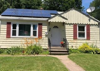 Foreclosed Home en COLUMBIA ST, New Britain, CT - 06052