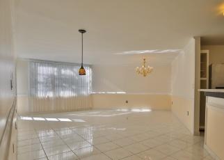 Casa en ejecución hipotecaria in North Miami Beach, FL, 33160,  NE 183RD ST ID: P1070900