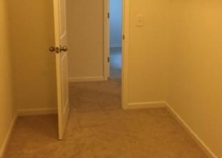 Foreclosed Home en SUGARBERRY LN, Moncks Corner, SC - 29461